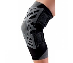 reaction-knee-brace